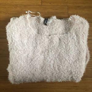 Fuzzy light pink sweater